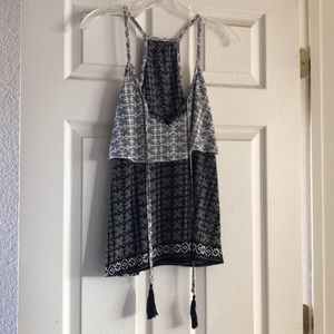 Black and white patterned tank top